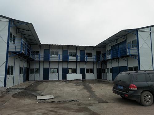 万州工厂办公室彩钢活动房安装案例